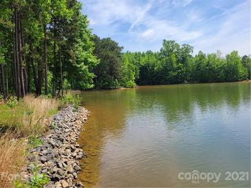 Photo one of 105 Clarendon St # B Mooresville NC 28117 | MLS 3747614