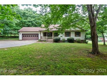 Photo one of 6887 Forest Manor Dr Denver NC 28037 | MLS 3748243