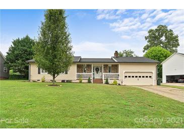 Photo one of 3609 9Th Street Ne Dr Hickory NC 28601 | MLS 3748734