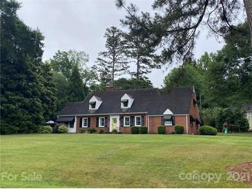 Photo one of 210 Fairway Dr Shelby NC 28150   MLS 3748912
