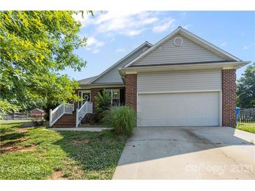 Photo one of 113 Firethorn Ct # 6 Mooresville NC 28115 | MLS 3749252