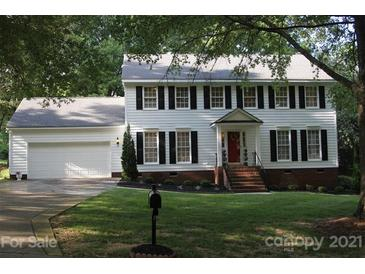 Photo one of 3038 Silver Birch Dr Charlotte NC 28269   MLS 3749656