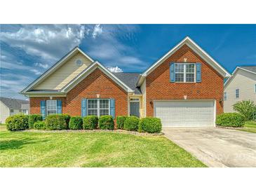 Photo one of 7821 Cotswold Ct Charlotte NC 28213 | MLS 3756908