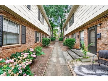 Photo one of 2330 Kenmore Ave # D Charlotte NC 28204 | MLS 3757900
