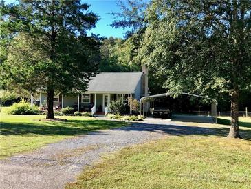 Photo one of 800 Pitts Rd Catawba SC 29704 | MLS 3758873