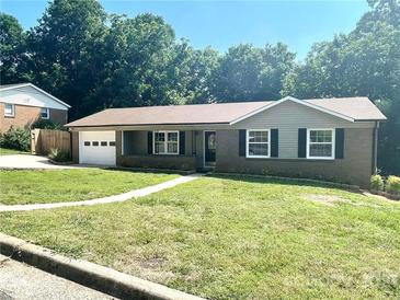 Photo one of 1210 11Th Nw St Hickory NC 28601   MLS 3759174
