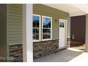 Photo one of 1082 20Th Ne St Hickory NC 28601   MLS 3760014