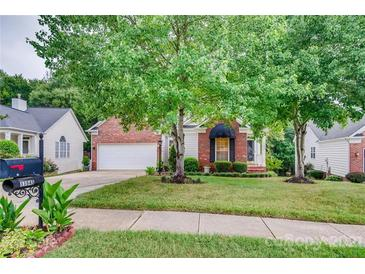 Photo one of 11945 Song Sparrow Ln Charlotte NC 28269 | MLS 3760507