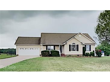 Photo one of 2657 River Meadows Ct Lincolnton NC 28092 | MLS 3760513
