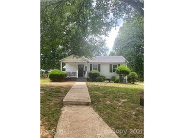 Photo one of 93 34Th St Nw Ct Hickory NC 28601 | MLS 3760558