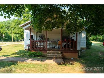 Photo one of 1301 5Th St Statesville NC 28677 | MLS 3760784