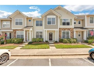 Photo one of 126 Chimney Rock Ln Fort Mill SC 29708 | MLS 3761036