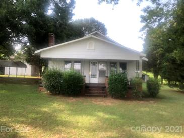 Photo one of 2720 Newton Dr Statesville NC 28677 | MLS 3761206