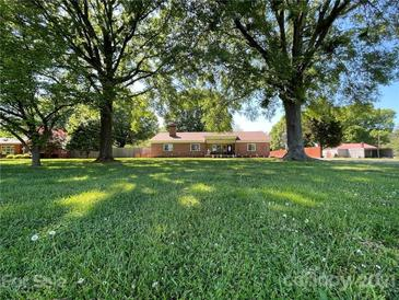 Photo one of 2740 Charlotte Hwy Mooresville NC 28117 | MLS 3761271