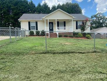 Photo one of 204 Fir Ave Kannapolis NC 28081   MLS 3762459
