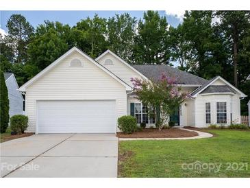 Photo one of 1393 Hollythorne Dr Rock Hill SC 29732 | MLS 3763055