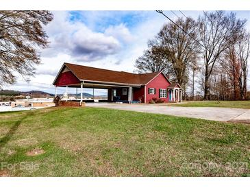 Photo one of 1341 Nc 90 E Hwy Taylorsville NC 28681   MLS 3765148