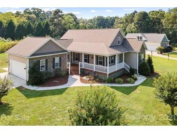 Photo one of 105 Cub Farm Dr Statesville NC 28677 | MLS 3768054