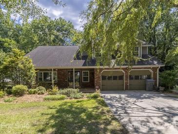 Photo one of 4008 Foxmoor Dr Charlotte NC 28226 | MLS 3768557