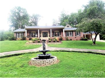 Photo one of 710 Kingsbury St Shelby NC 28150 | MLS 3771999