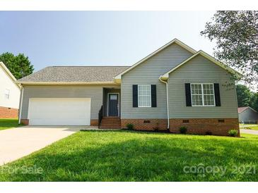 Photo one of 2104 Sheffield Nw Ct Conover NC 28613 | MLS 3777550