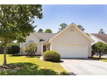 Photo one of 1110 Newfound Hollow Dr Charlotte NC 28214   MLS 3778679