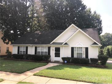 Photo one of 5820 Country Walk Dr Charlotte NC 28212   MLS 3779884