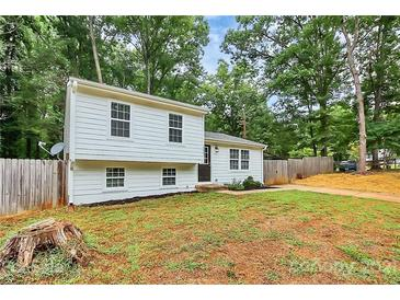 Photo one of 8447 Othello Pl Charlotte NC 28227 | MLS 3780976