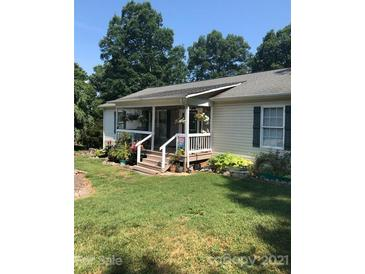 Photo one of 5570 George Henry Dr Hickory NC 28602 | MLS 3781723