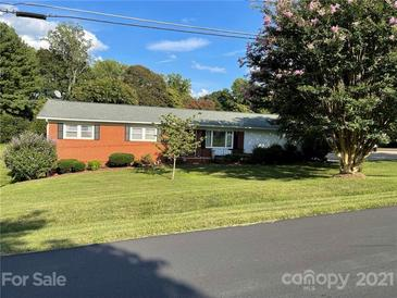 Photo one of 400 Deal Ave Conover NC 28613 | MLS 3782180