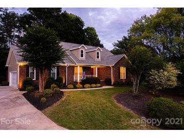 Photo one of 303 Setter Se Ct Concord NC 28025 | MLS 3782810