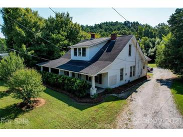 Photo one of 913 S Battleground Ave Kings Mountain NC 28086   MLS 3783104