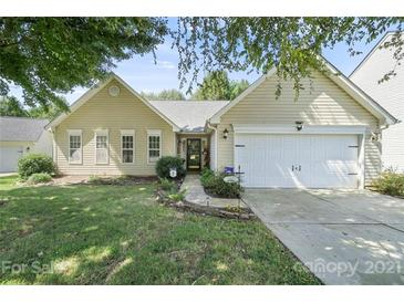 Photo one of 8813 Norway Ct Charlotte NC 28269 | MLS 3783752