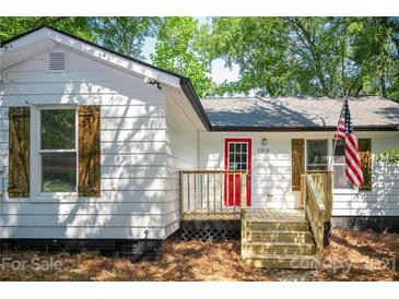 Photo one of 1310 Meadow Ave Kannapolis NC 28083 | MLS 3784384