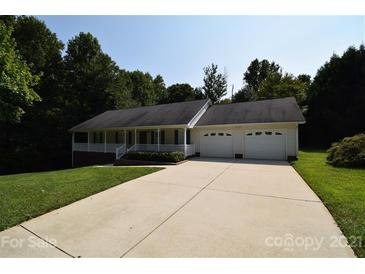 Photo one of 1240 Carpenter Springs Dr Dallas NC 28034 | MLS 3784652