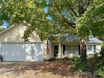 Photo one of 8546 Brookstead Dr Charlotte NC 28215   MLS 3792042