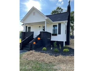 Photo one of 517 Hunter Ave Kannapolis NC 28083 | MLS 3792668
