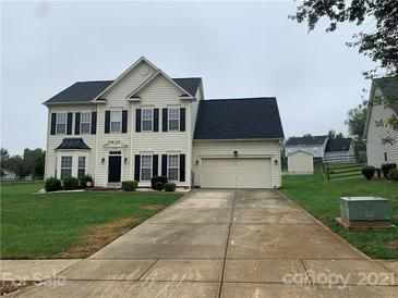 Photo one of 9139 Swallow Tail Ln Charlotte NC 28269 | MLS 3793014