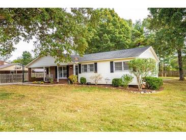 Photo one of 1671 Tanglewood Dr # 2 Hickory NC 28601 | MLS 3793346