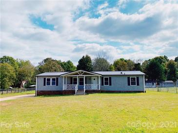 Photo one of 831 Bell Farm Rd Statesville NC 28625 | MLS 3795591