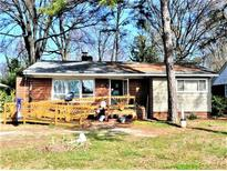 View 447 Woodlawn Rd Charlotte NC