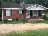 View 1255 Wall St Wadesboro NC