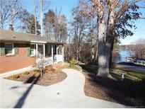 View 3885 Landmark Dr Sherrills Ford NC