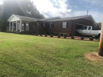 View 2042 Church N Rd Taylorsville NC