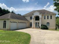 View 9255 Belle Pines Ct Sherrills Ford NC