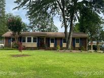 View 3330 Woodleaf Rd Charlotte NC
