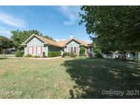 View 12800 Bradford Hill Ln Huntersville NC