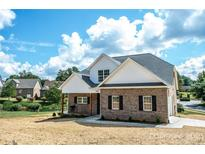 View 1222 10Th Street Nw Pl Hickory NC