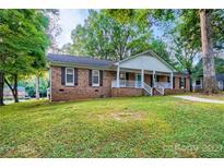 View 16434 Beech Hill Dr Huntersville NC
