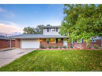 View 872 Oak St Lakewood CO